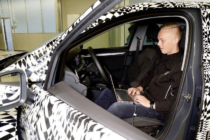 Сучасні інтелектуальні авто VW